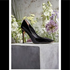 TED BAKER LONDON Izibela Pump Patent Leather Black